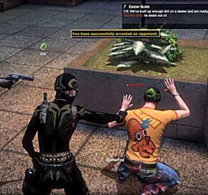 Оглушенных бандитов можно арестовать и получить премию :)